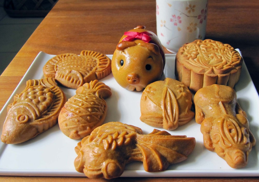 Easy Mooncake Images : A Simple Guide To The Many Types Of Mooncakes