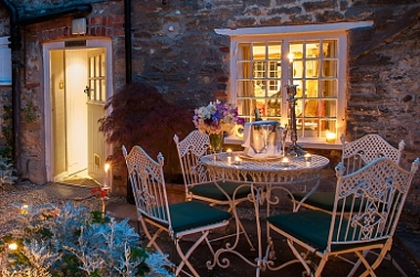 A GOOD VALENTINE'S HIDEAWAY AT THE GLORIOUS COUNTRYSIDE!