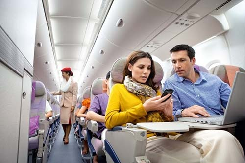 【EMIRATES】EXPANDS FREE INFLIGHT WI-FI OFFERING