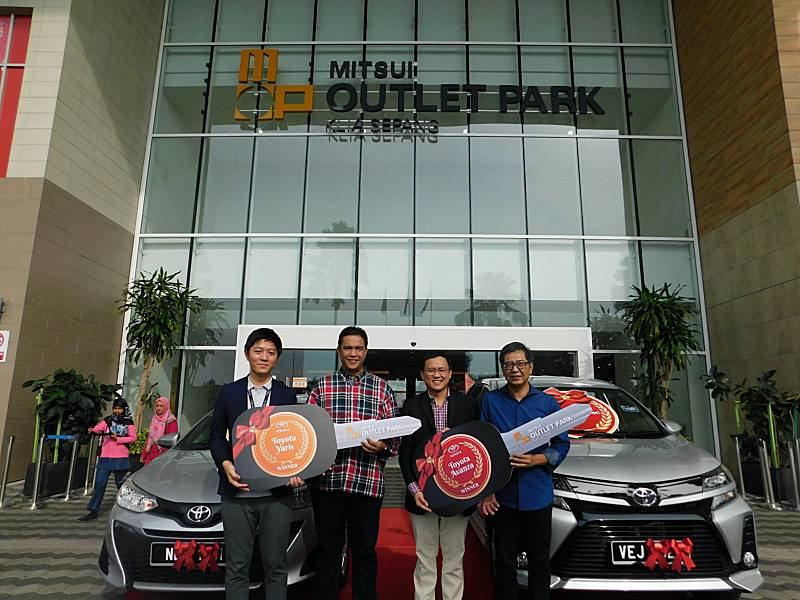 Mitsui Outlet Park Klia Sepang Presents Contest Winners With A Car Each