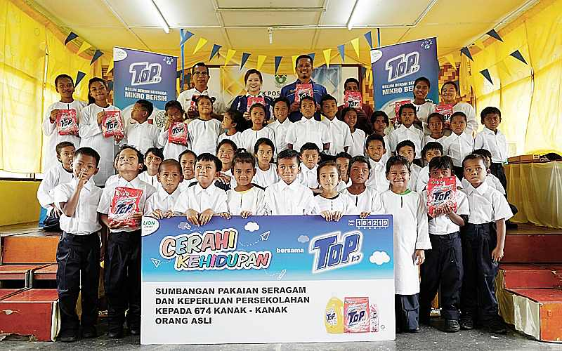 TOP GIVES 674 ORANG ASLI STUDENTS BACK-TO-SCHOOL BOOST THROUGH RECORD-SETTING CAMPAIGN