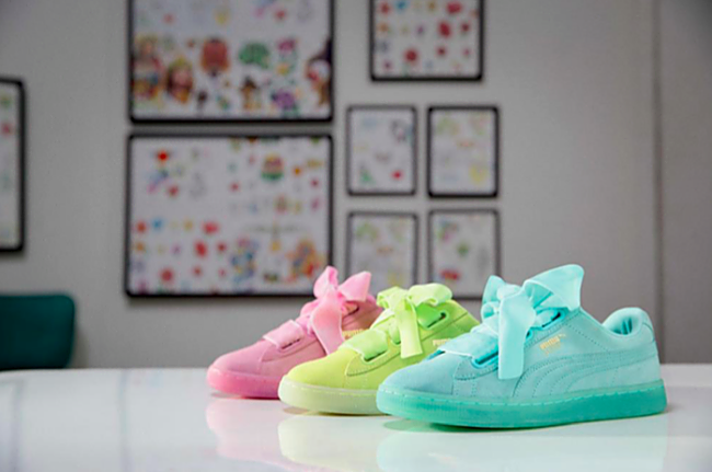 best service 21c08 1a9a8 Cara Delevingne Shows-off Her Own Take on PUMA Suede Heart ...