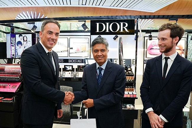 KLIA And Parfums Christian Dior Score A First In South East Asia With Dior Backstage Airport Pop-Up Store