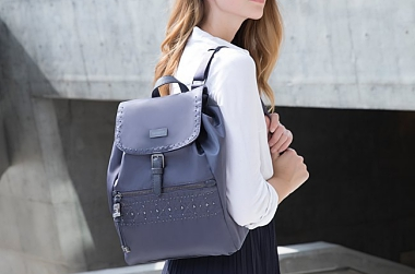 NEW LIGHTWEIGHT & TRENDY BAG TO GET FOR YOUR UPCOMING TRAVELS!