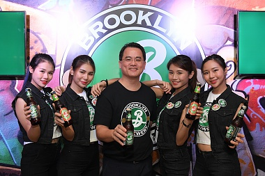 CARLSBERG PREMIERES BROOKLYN BREWERY'S SIGNATURE CRAFT BEERS!