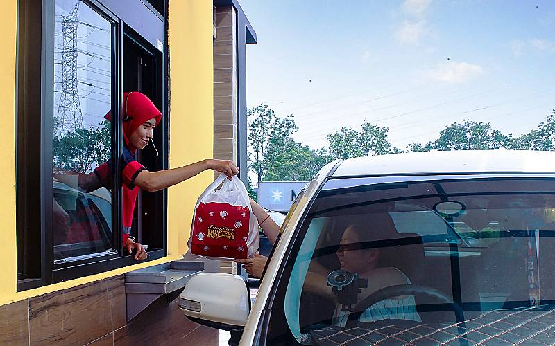 FIRST KRR DRIVE-THROUGH RESTAURANT IN JURU!
