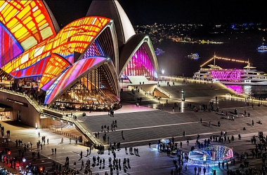 Sydney Is Having The MOST UNIQUE Light Music Ideas Event This - Mesmerising 4k timelapse of sydneys vivid light festival
